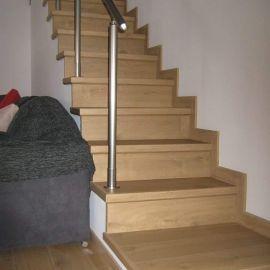 Εσωτερική κατασκευή σκάλας